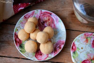Biscotti con due ingredienti al cocco