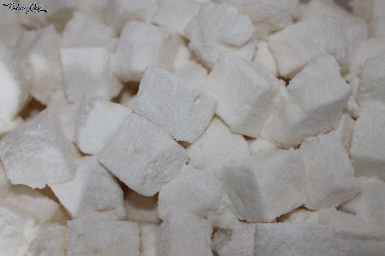 Marshmallow mandorlati