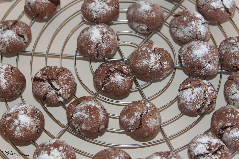 Biscotti crepati al cioccolato