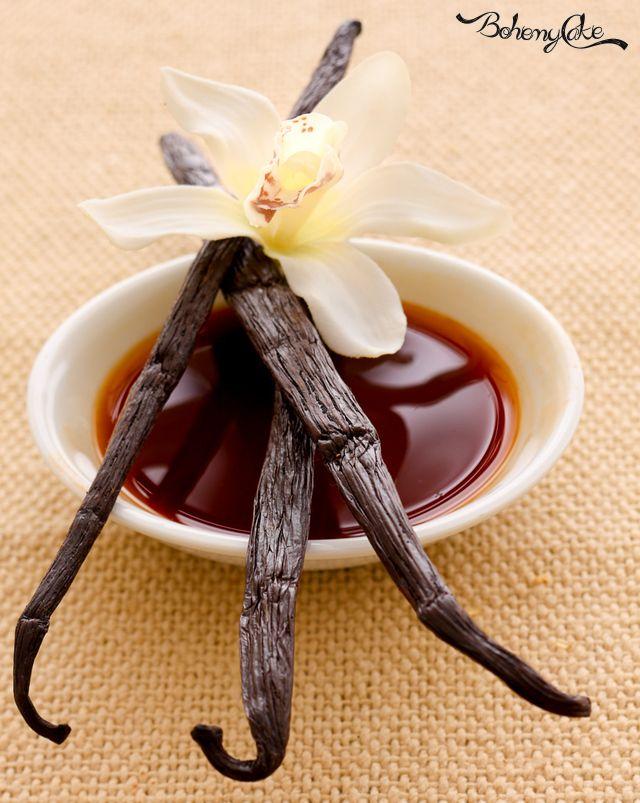 Essenza di vaniglia fatta in casa