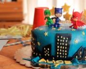 Pigiamask Cake