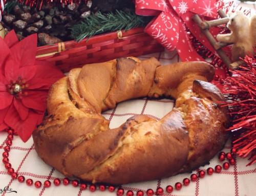 Ghirlanda di Natale con cioccolato bianco